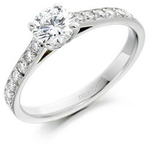 Round Brilliant Cut Diamond Engagement Ring
