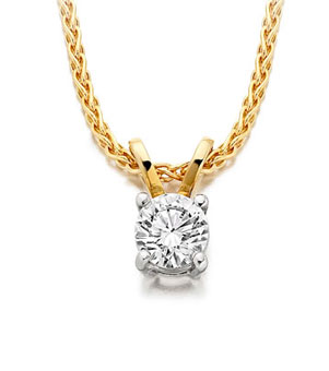 Traditional round diamond solitaire pendant, yellow gold