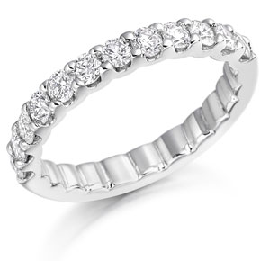 Diamond half eternity ring 18