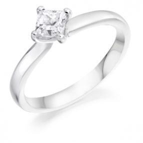 Princess Cut Diamond Single Stone Ring