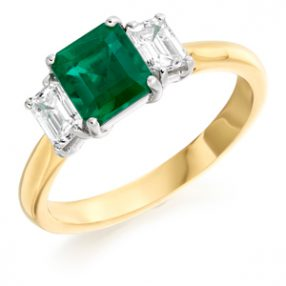 3 Stone Ring Emerald & Diamond